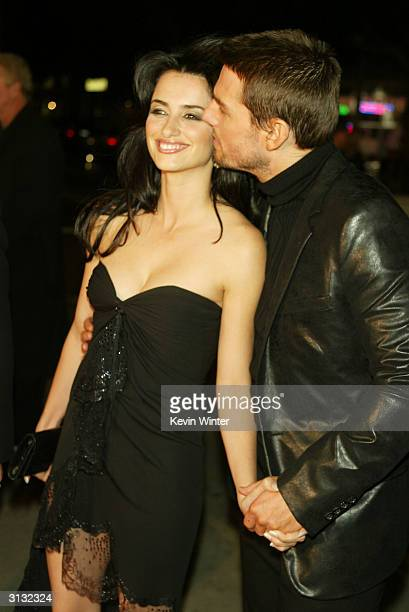 Penelope Cruz and Tom Cruise attend the WB's premiere of The Last Samurai at the Mann's Village Theatre December 1 2003 in Los Angeles California It...