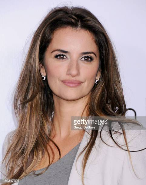 Penelope Cruz arrives at the Calvin Klein Collection and Los Angeles Nomadic Division Present L.A. Arts Month on January 28, 2010 in Los Angeles,...
