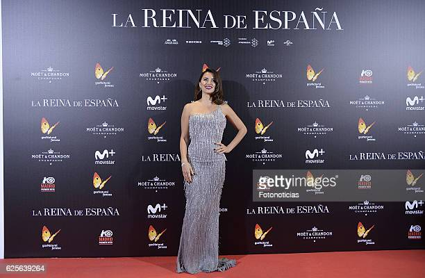 Penelope Cruz attends 'La reina de Espana' Madrid premiere at Callao City Lights cinema on November 24 2016 in Madrid Spain