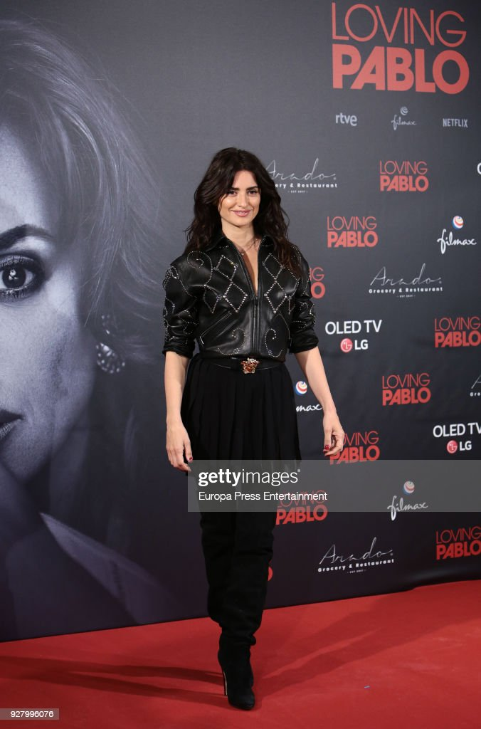 Penelope Cruz attends 'Loving Pablo' photocall on March 6, 2018 in Madrid, Spain.