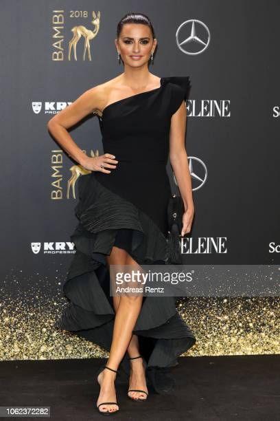 Penelope Cruz attends the 70th Bambi Awards at Stage Theater on November 16 2018 in Berlin Germany