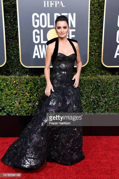 Penelope Cruz attends the 76th Annual Golden Globe Awards at The Beverly Hilton Hotel on January 6 2019 in Beverly Hills California