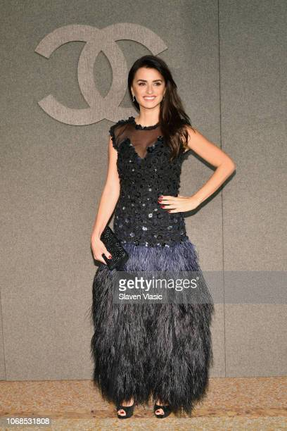 Penelope Cruz attends the CHANEL Metiers d'Art 2018/19 Show at The Metropolitan Museum of Art on December 4 2018 in New York City