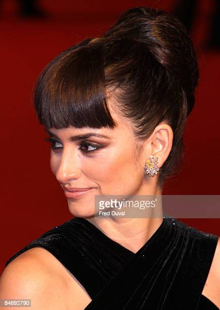 Penelope Cruz attends The Orange British Academy Film Awards at the Royal Opera House on February 8, 2009 in London, England.