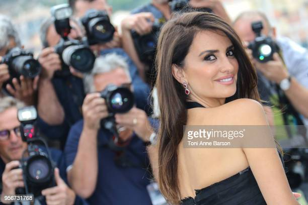 Penelope Cruz attends the photocall for 'Everybody Knows ' during the 71st annual Cannes Film Festival at Palais des Festivals on May 9 2018 in...