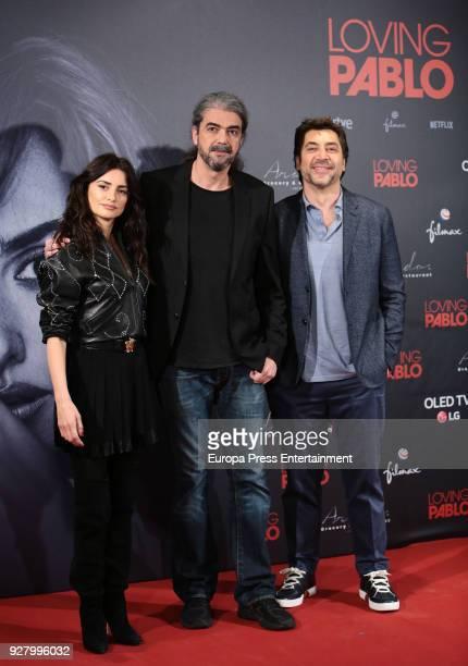 Penelope Cruz director Fernando Leon de Aranoa and Javier Bardem attend 'Loving Pablo' photocall on March 6 2018 in Madrid Spain