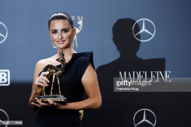 Penelope Cruz poses with award during the 70th Bambi Awards winners board at Stage Theater on November 16 2018 in Berlin Germany
