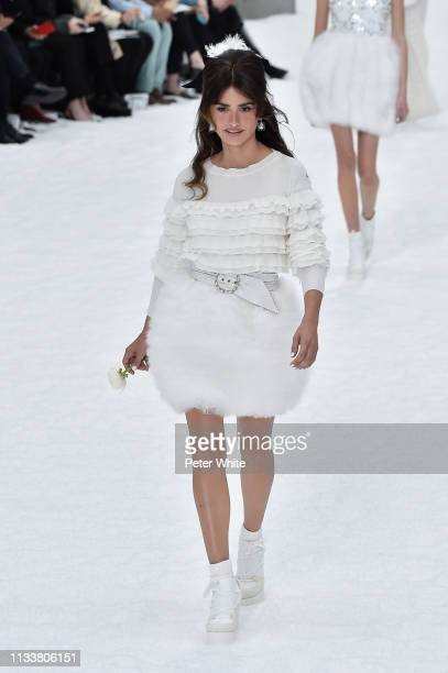 Penelope Cruz walks the runway during the Chanel show as part of the Paris Fashion Week Womenswear Fall/Winter 2019/2020 on March 05, 2019 in Paris,...