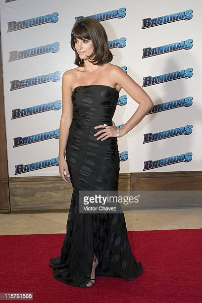 Penelope Cruz wearing Dolce Gabbana during 'Bandidas' Mexico City Premiere at Gran Hotel de la Ciudad de Mexico in Mexico City Mexico