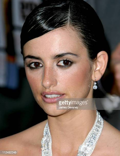 Penelope Cruz wearing Ralph Lauren jewelry by Harry Winston
