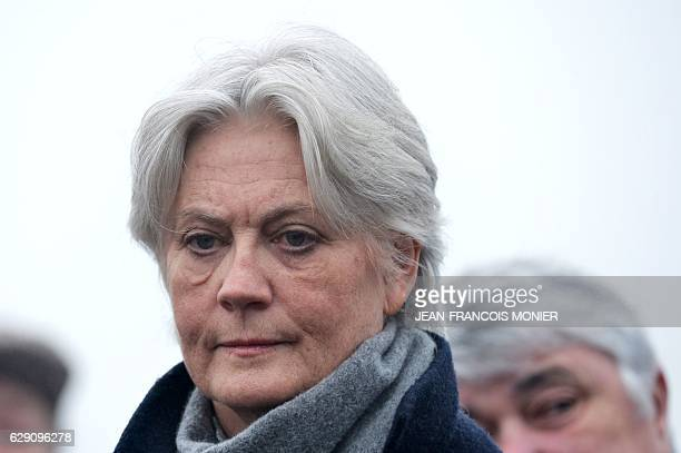 Penelope Fillon wife of former French prime minister and winner of the rightwing primaries ahead of France's 2017 presidential elections Francois...