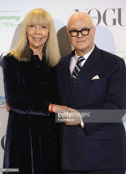 Penelope Tree and Manolo Blahnik attend 'Manolo Blahnik El Arte Del Zapato' exhibition at the Ritz Hotel on November 28 2017 in Madrid Spain