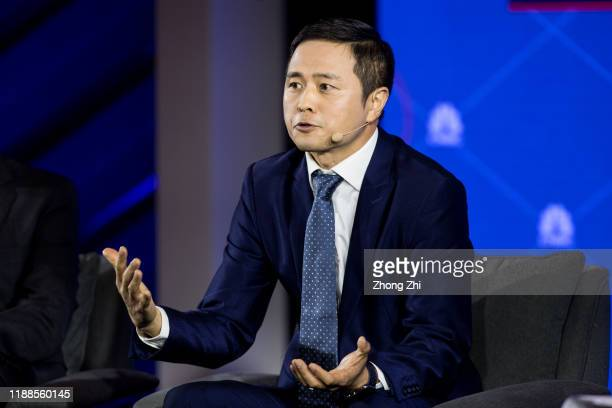 Peng Tao, President of Airbnb China speaks with Michael Silver, President Global Business Development of Universal Parks& Resorts, Ming Foong, Vice...