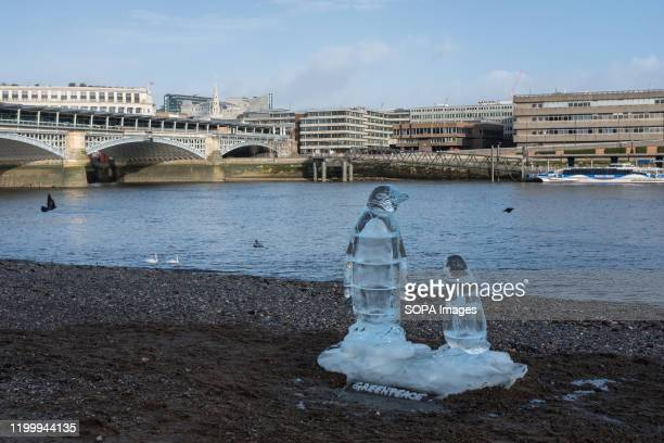 Penguin ice sculptures appeared on the shore of the Thames in London. This is part of a Greenpeace campaign for global awareness to protect the...