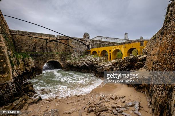 peniche fortress portugal - finn bjurvoll stock pictures, royalty-free photos & images