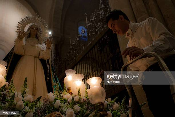Penitents take part in the parade of the quot7 Palabrasquot brotherhood in Zamora Spain in the early morning of Wednesday March 23 2016 In Spain...