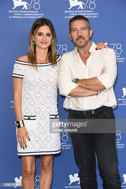 """Penélope Cruz and Antonio Banderas attend the photocall of """"Competencia Oficial"""" during the 78th Venice International Film Festival on September 04,..."""