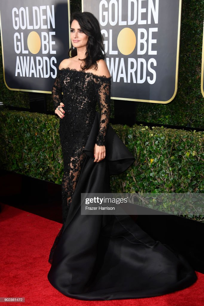 Penélope Cruz attends The 75th Annual Golden Globe Awards at The Beverly Hilton Hotel on January 7, 2018 in Beverly Hills, California.