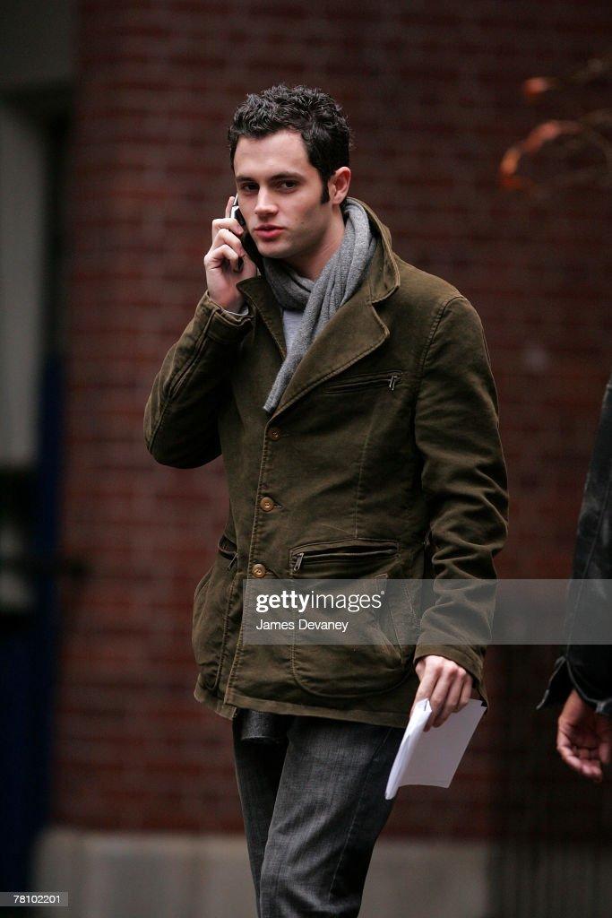 Penn Badgley on location for 'Gossip Girl' on November 26, 2007 in New York City, New York.