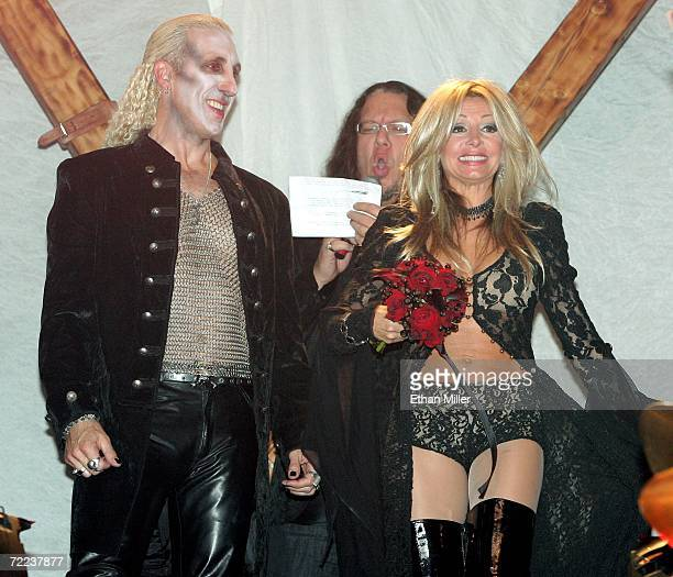 Penn Jillette of the comedy/magic duo Penn Teller officiates at the wedding vow renewal ceremony for Twisted Sister singer Dee Snider and his wife...