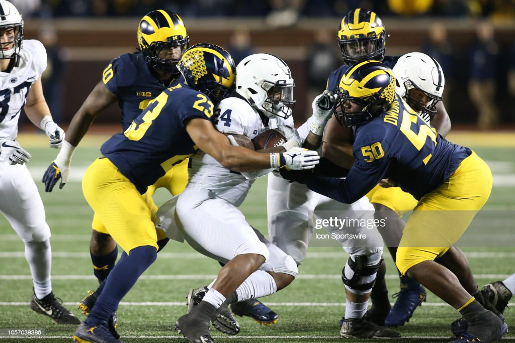 COLLEGE FOOTBALL: NOV 03 Penn State at Michigan : News Photo