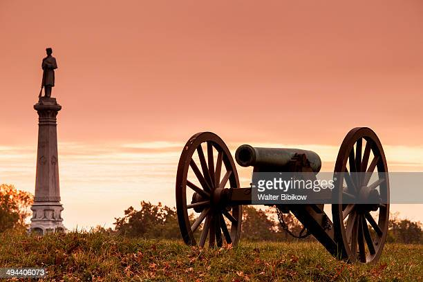 pennsylvania, battle of gettysburg - cannon stock pictures, royalty-free photos & images