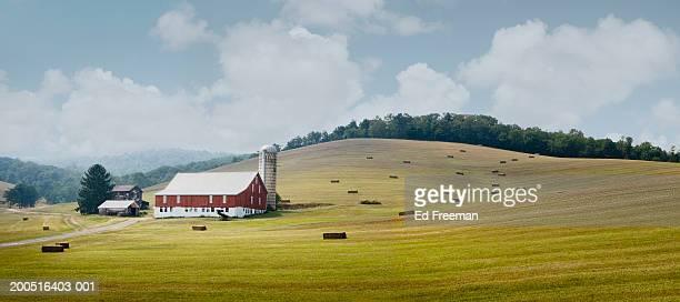 Pennsylvania, Bedford County, Farm in countryside