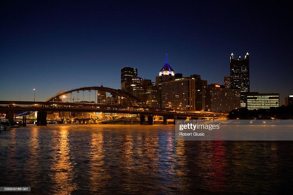 USA, Pennsylvania, Pittsburgh skyline, night : Stock Photo