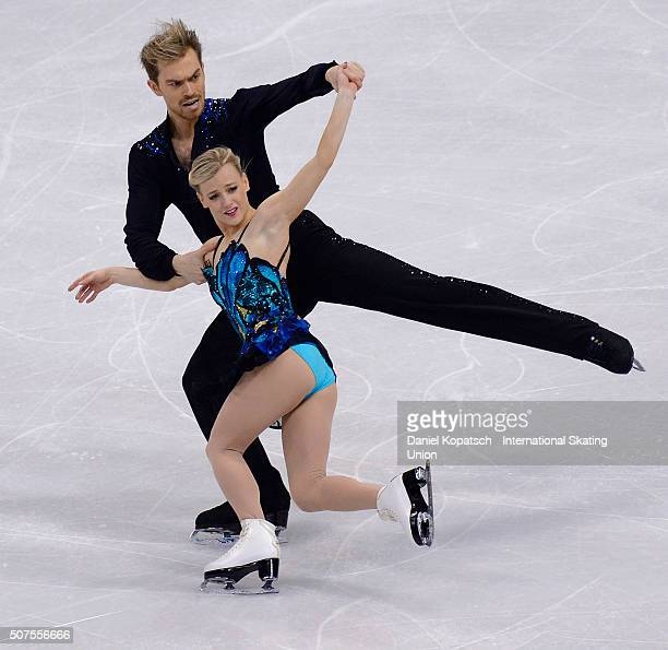 Penny Coomes and Nicholas Buckland of Great Britain perform during Ice Dance Free Dance on day four of the ISU European Figure Skating Championships...