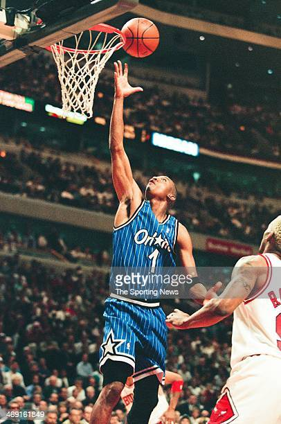 Penny hardaway 1996 stock photos and pictures getty images penny hardaway of the orlando magic lays up a shot during the game against the chicago sciox Gallery