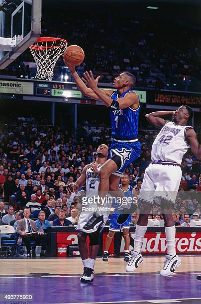 Penny Hardaway of the Orlando Magic shoots against the Sacramento Kings on December 2 1995 at Arco Arena in Sacramento California NOTE TO USER User...