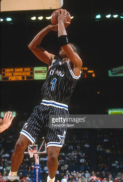 Penny hardaway 1994 stock photos and pictures getty images penny hardaway of the orlando magic shoots against the washington bullets during an nba basketball game sciox Gallery