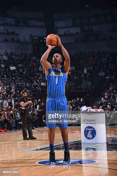 Penny Hardaway shoots the ball during the Degree Shooting Stars on State Farm AllStar Saturday Night as part of the 2015 NBA AllStar Weekend on...