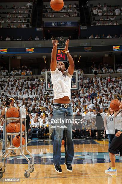 Penny Hardaway who played for the University of Memphis before playing in the NBA shoots around during a break in the action of the Oklahoma City...