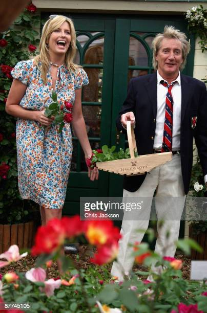 Penny Lancaster and Rod Stewart visit the Peter Beales stand during the Press and VIP preview day at Chelsea Flower Show at Royal Hospital Chelsea on...