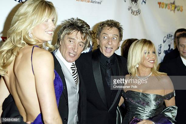 Penny Lancaster Rod Stewart Barry Manilow and Suzanne Somers