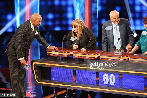Celebrity Family Feud [2015] - Dr. Phil McGraw VS. Penny ...