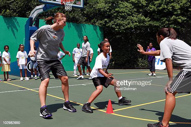 Penny Taylor of the Phoenix Mercury during a WNBA Fit event on the south lawn of the White House after a visit to recognize the 2009 WNBA Champions...