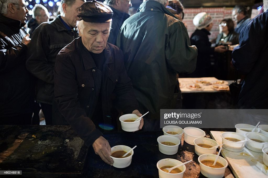 GREECE-FINANCE-ECONOMY-PENSIONERS-PROTEST : News Photo