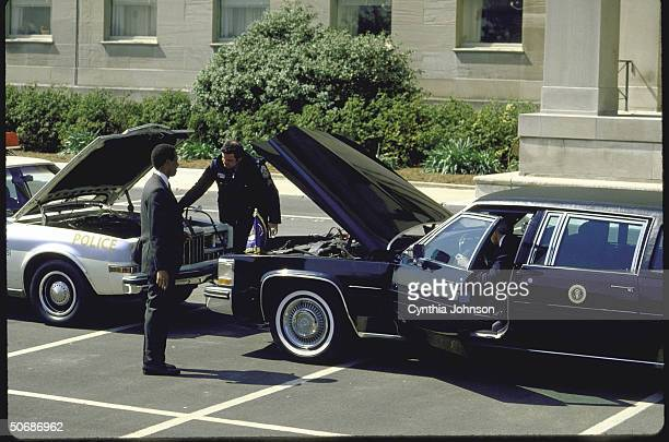 Pentagon ceremony during arrival/departure of Pres Ronald W Reagan showing limo experiencing operating difficulties