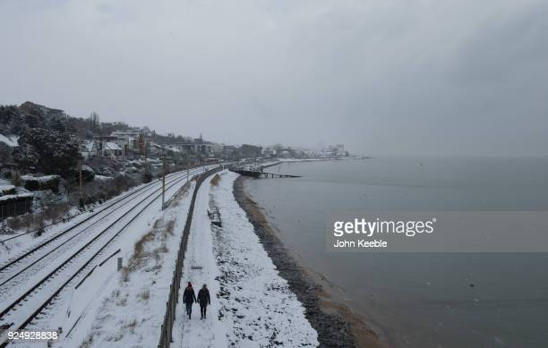 cold weather front from russia brings snow across the uk ストック
