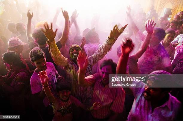 CONTENT] People are enjoying and celebrating the Holi festival the festival of colors in Kolkata