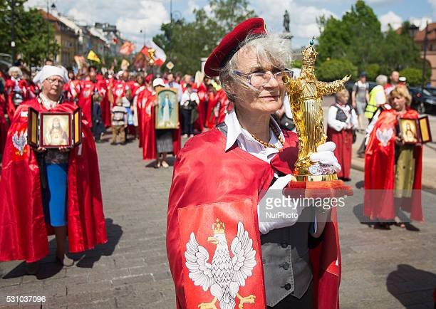People are going to march in the intention of the enthronement of Jesus as King of Poland in Warsaw on May 12 2016