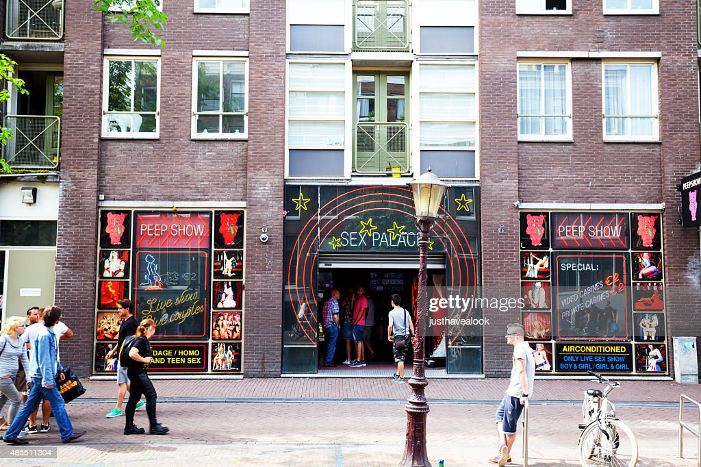 what is a peep show in amsterdam