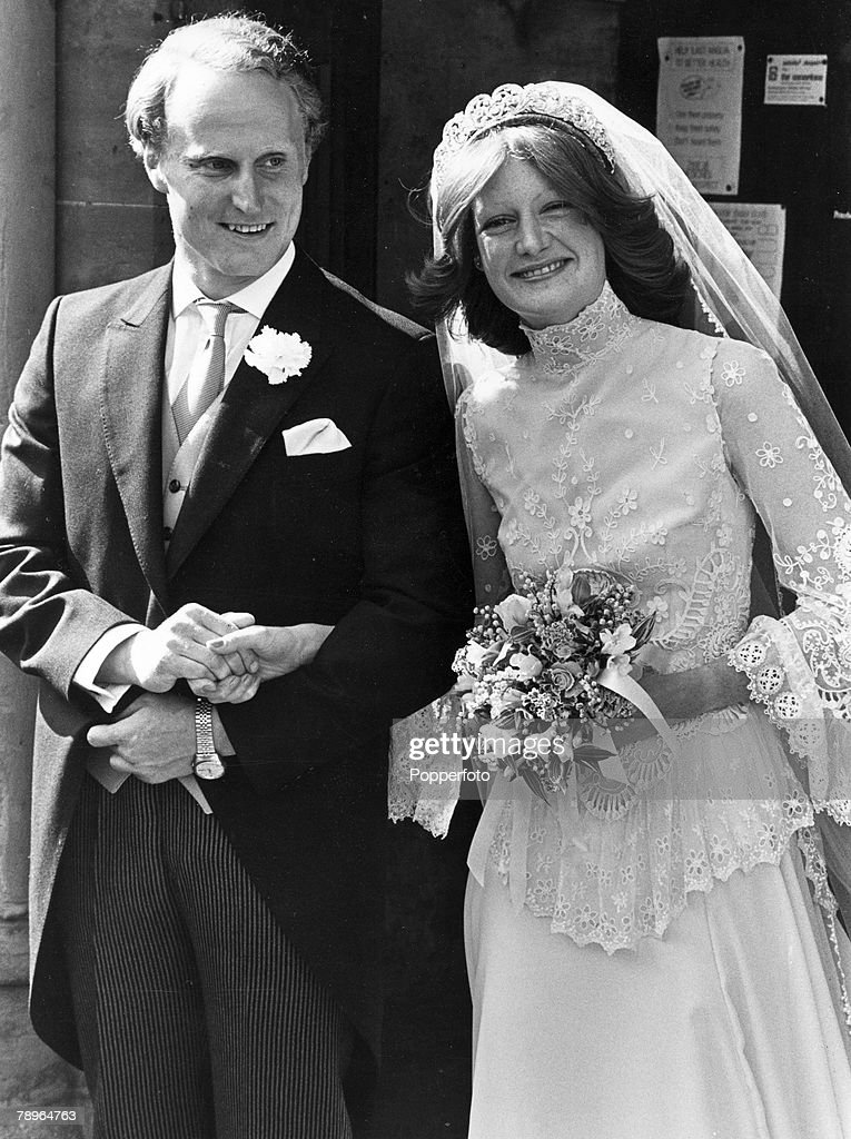 People. Aristocracy. pic: 1980. Great Brington, Northamptonshire.The wedding of Lady Sarah Spencer and Neil McCorquedale at St. Mary the Virgin village church, Great Brington. : News Photo