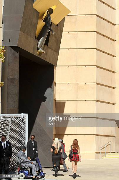 People arrive for the funeral of Italianborn film producer Dino De Laurentiis at the Cathedral of Our Lady of the Angels on November 14 2010 in Los...