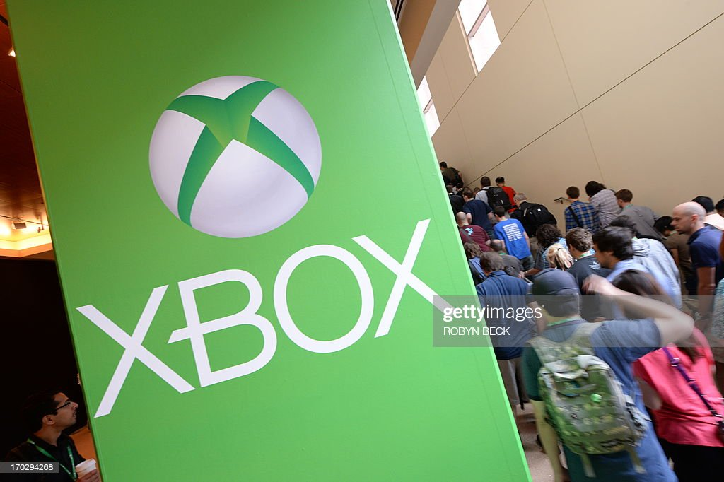 People arrive for the Microsoft Xbox E3 2013 Media Briefing in Los Angeles on June 10, 2013. The press conference precedes the Electronic Entertainment Expo (E3) which takes place in Los Angeles June 11-13.