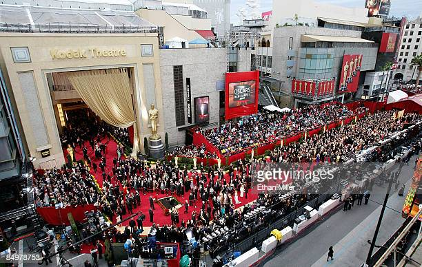 People arrive on the red carpet at the 81st Annual Academy Awards at the Kodak Theatre February 22 2009 in Los Angeles California