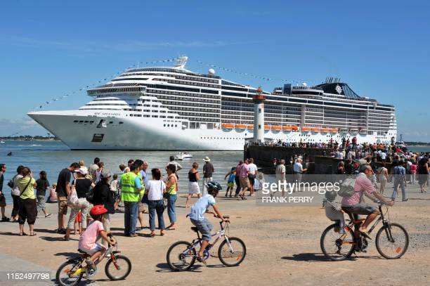 Msc Splendida Photos and Premium High Res Pictures - Getty ...