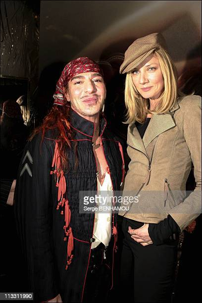 People At Christian Dior Haute Couture Spring Summer 2005 On January 24Th 2005 In Paris France Joely Richardson And John Galliano